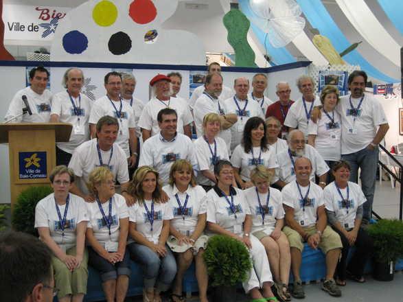 Serge avec les autres artistes participants au Symposium de Baie-Comeau - Édition 2009